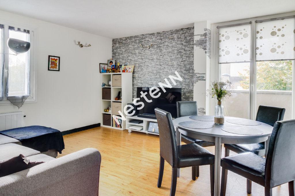 photos n°1 Appartement Torcy 3 pièces RER A