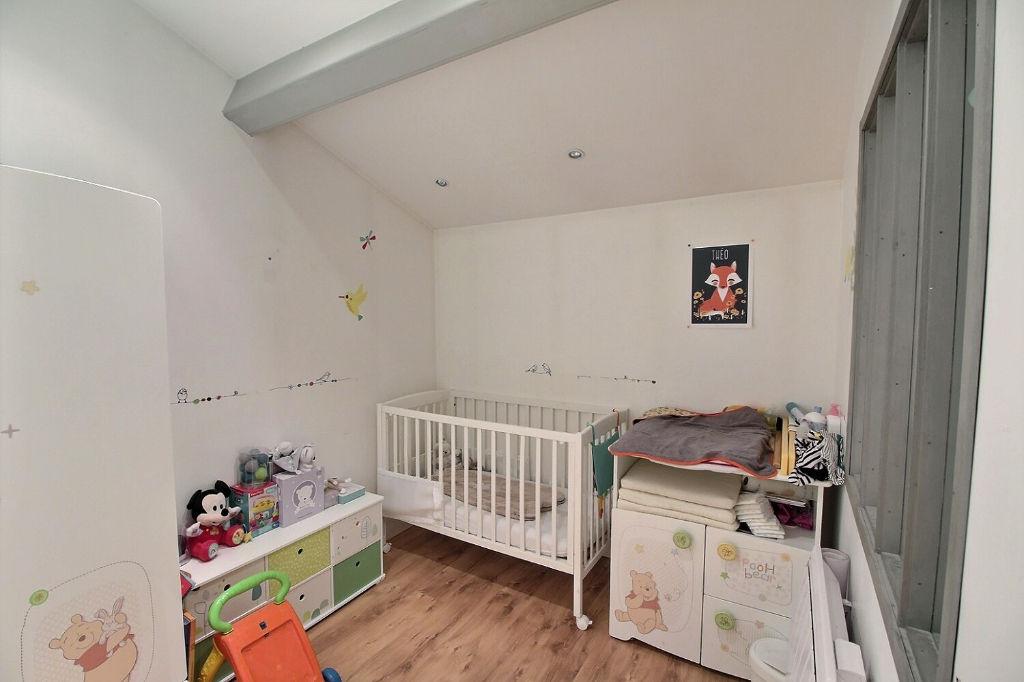 Maison T5 126 m² sur 398 m² de terrain