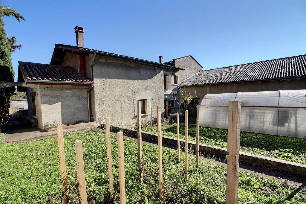 Septème, maison avec potentiel sur 533 m² de terrain