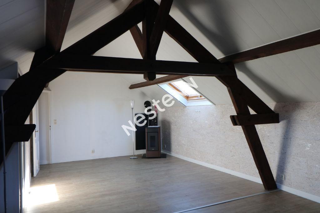 Ensemble Immobilier - une maison et 2 appartements -  Cour - Dépendances - 15min Entrée de Reims