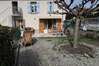 appartement T2 a vendre en rez de chaussee avec jardin