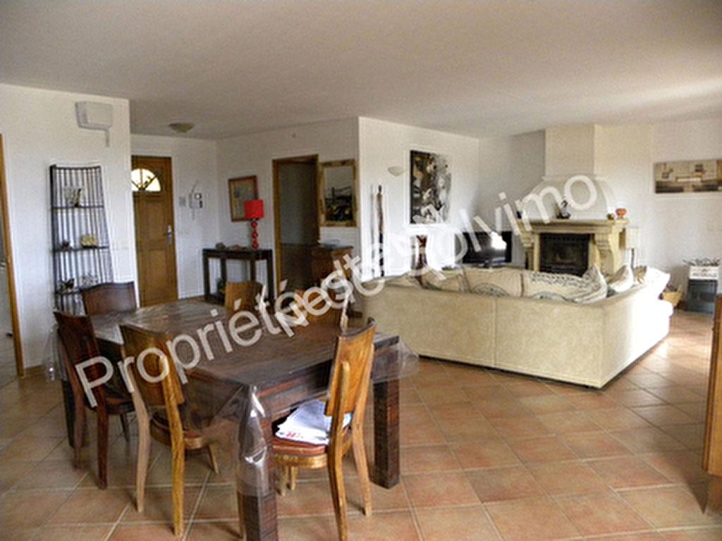 A vendre maison avec piscine a 30 mn de Forcalquier