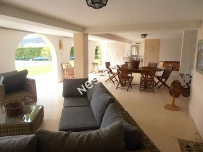 A vendre a Peyruis belle villa 6 pieces a 5 mn de l'autoroute A51