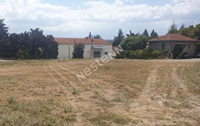 A vendre Terrain de 1200 m2 a proximite de Laragne