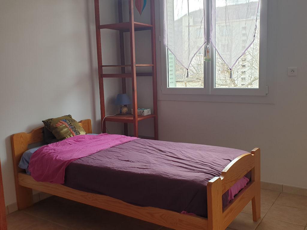 A vendre Appartement Laragne Monteglin T3