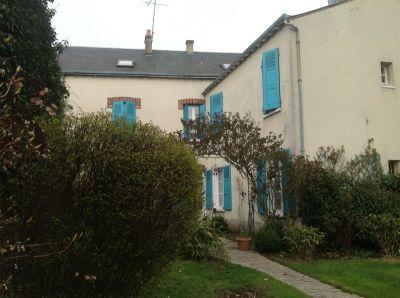 Maison de ville proche Chartres 200 m2