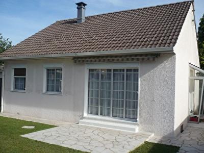 Maison Dammarie Les Lys 03 pieces 70 m2