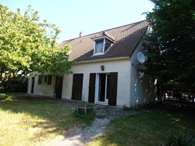 Maison Savigny Le Temple 06 pieces 144 m2