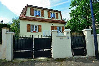 Maison Champigny Sur Marne 6 pieces 160 m2