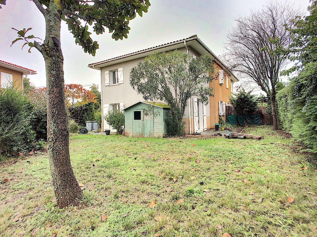 photos n°1 Maison 5 pièces de 84m2 sur un terrain de 317m2 à vendre à Castanet-Tolosan