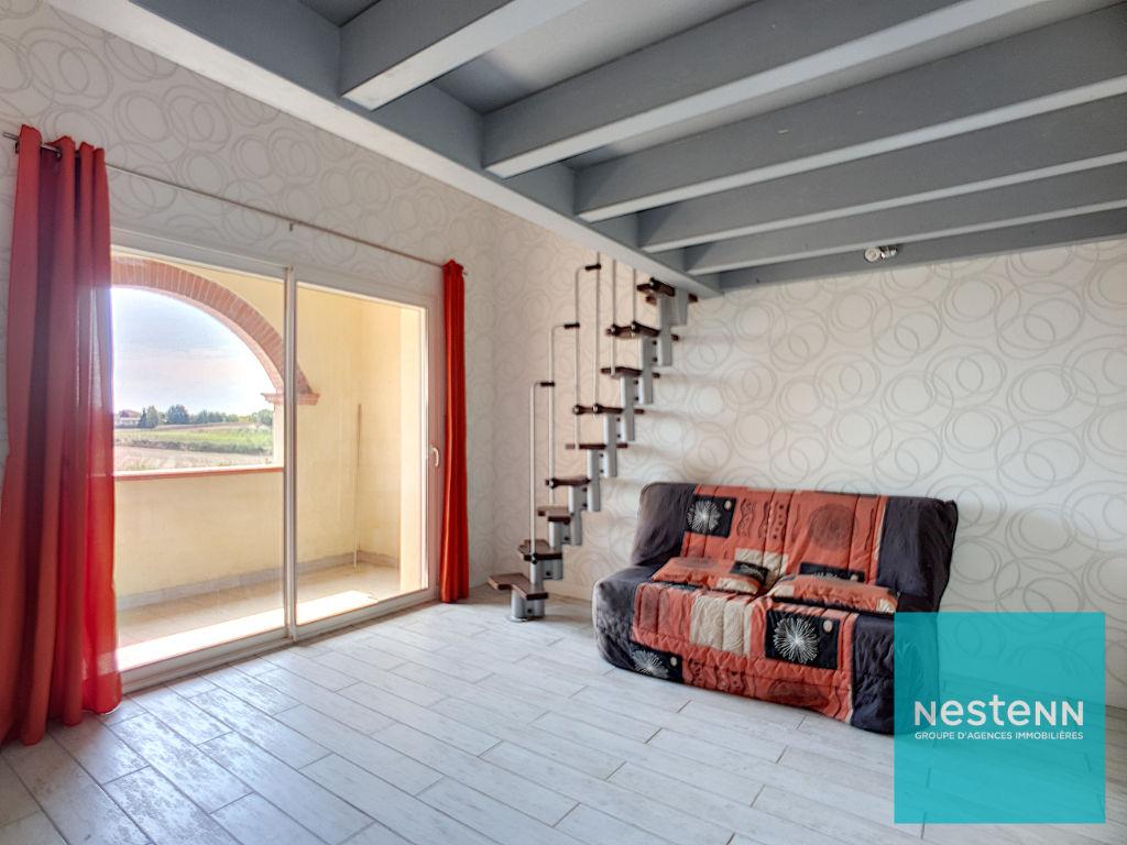 Maison d'architecte 5 pièces de 2007 de 235 m2 sur  avec piscine à vendre