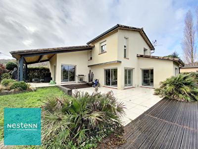 A louer Maison avec piscine Castanet Tolosan 5 pieces 171 m2