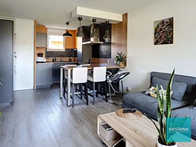 A vendre a Auzeville-Tolosane, appartement duplex T4 91 m2 avec 2 places de parking boxees