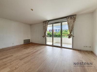 Exclusivite Nestenn Immobilier. Appartement T3 de 62,8 m2 a vendre au premier etage d'une residence securisee situee a Castanet Tolosan.