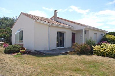 Maison PLAIN PIED 3 chambres axe Vihiers/Argenton les Vallees D3409