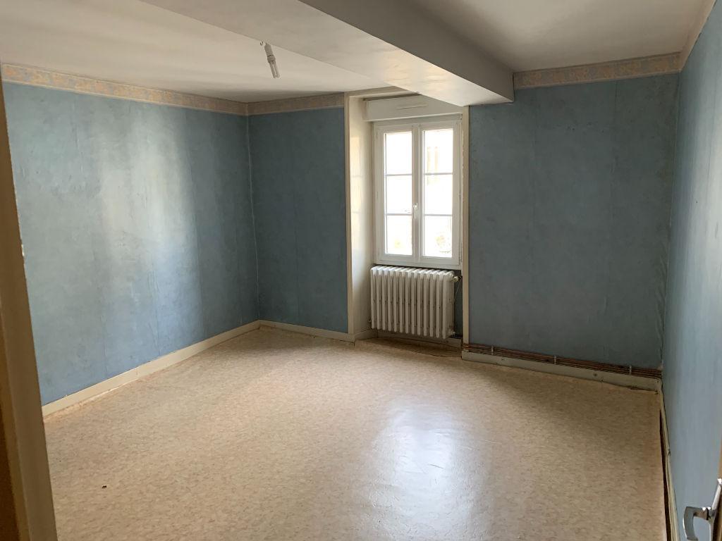 Maison 4 chambres Nueil Les Aubiers D4725