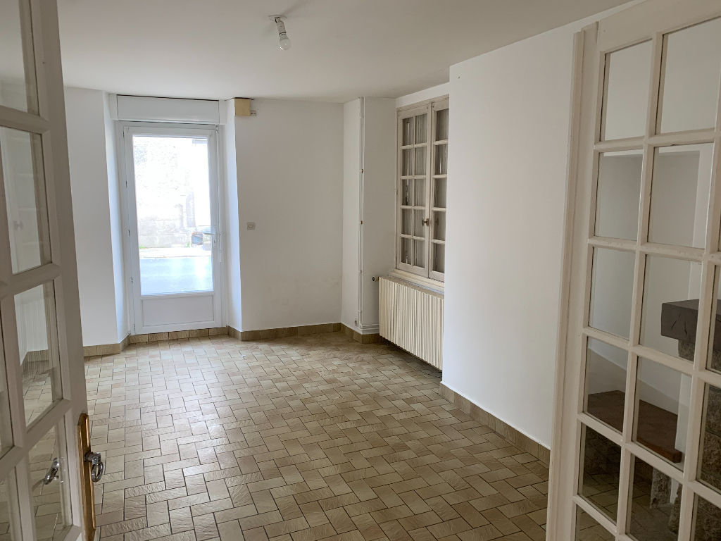 Maison 4 chambres Nueil Les Aubiers D4998