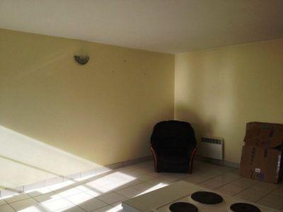 Centre d'Elven: Appartement T3 au RDC!