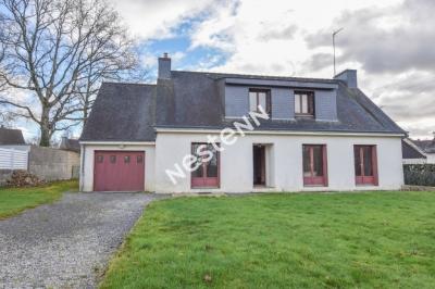 Grande maison 5 chambres  a renover, 2 min de Vannes Saint Nolff