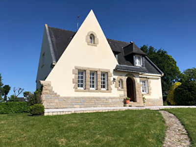 Maison neobretonne bourg Plumelec