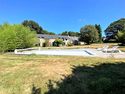 Longere renovee 444 m2 avec piscine sur 6550 m2 de terrain