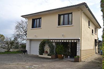 Rive-de-gier - 7 pieces - 130 m2