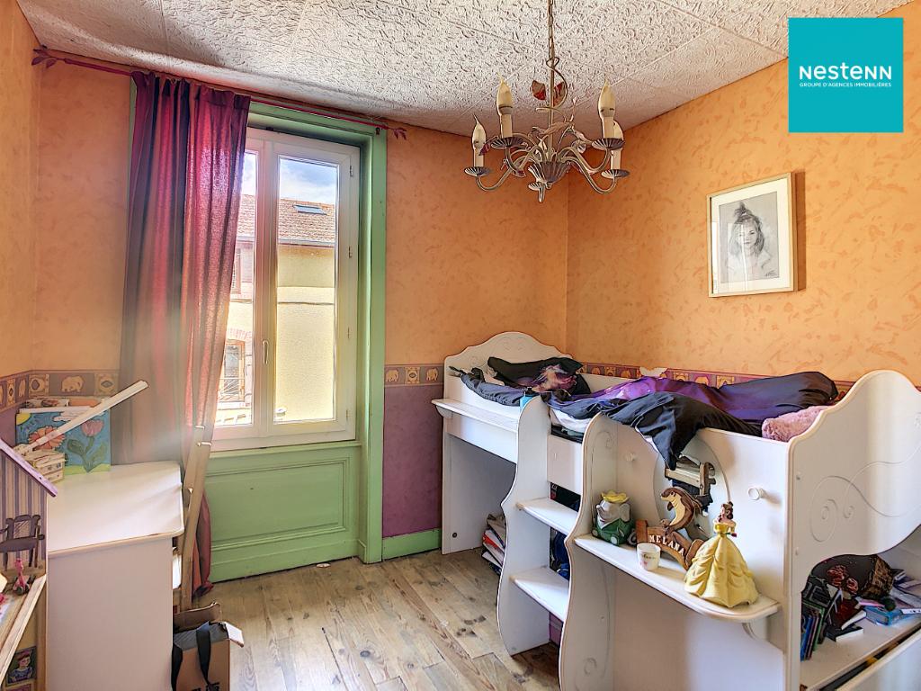 Maison Bellegarde En Forez 9 pièce(s) 210m2