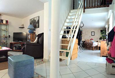 Appartement Mery Sur Oise 4 pieces 94m2 au sol