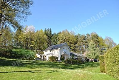 Maison proche Amboise  6 pieces 197.15 m2