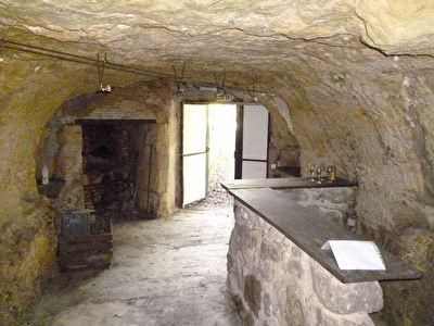 Cave dans le roc MONTLOUIS sur LOIRE