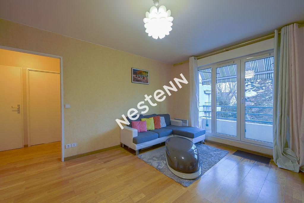 photos n°1 Appartement Franconville 2 pièces 42,25 m² à deux pas de la gare et de toutes commodités