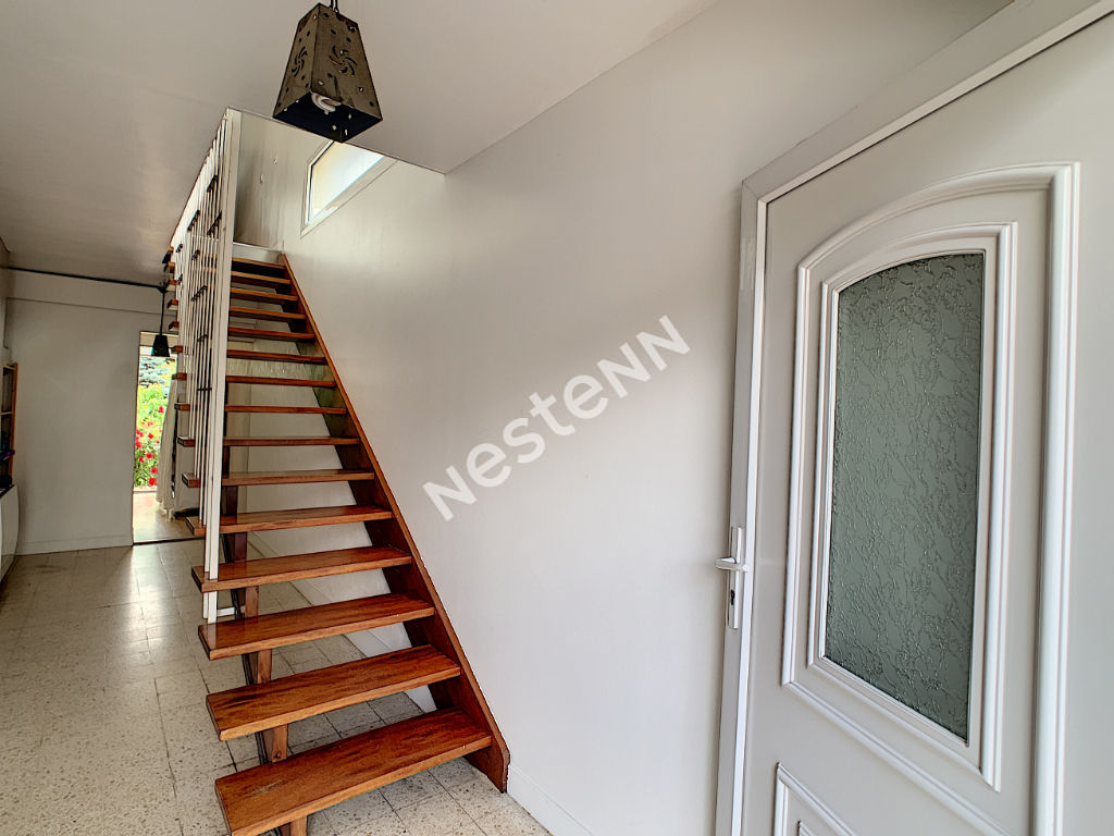 montigny les cormeilles proche gare et secteur pavillonnaire. Black Bedroom Furniture Sets. Home Design Ideas