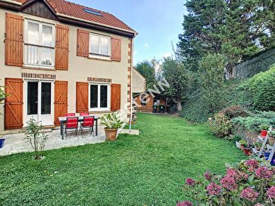 Maison Franconville 5 pieces 106 m2 quartier des Noyers Saint-Edme