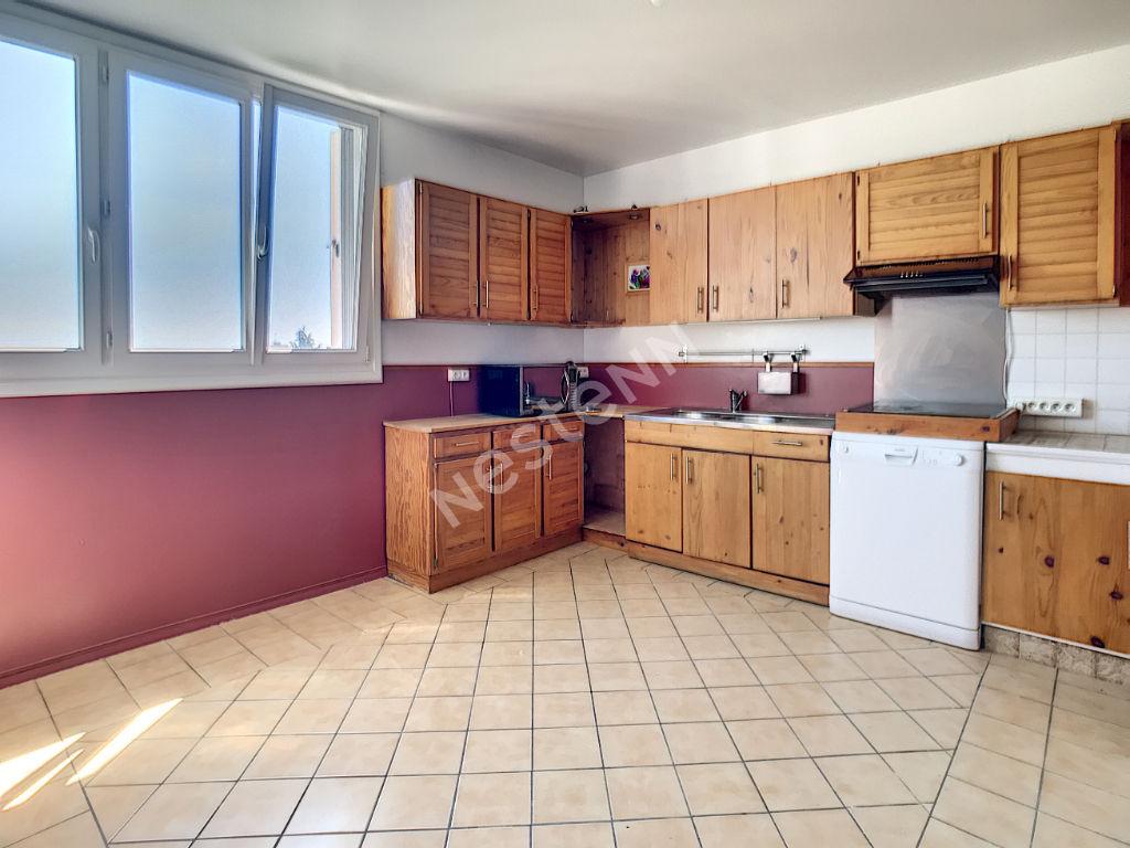 Appartement Franconville 3 pièces 76.90m² Quartier des Noyers Sainte-Edme