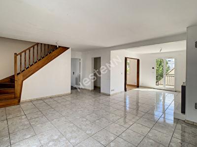 Maison Franconville, 6 pieces 134 m2, proche des axes autoroutiers et des commodites