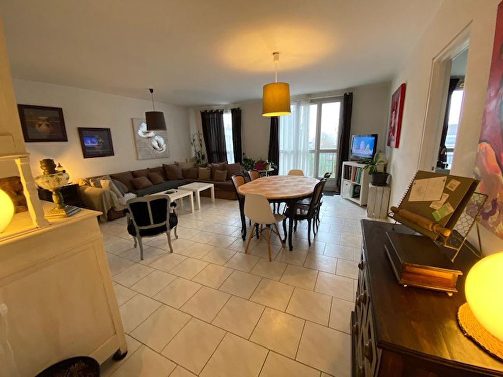 Appartement  4 pièce(s) 75.23 m2