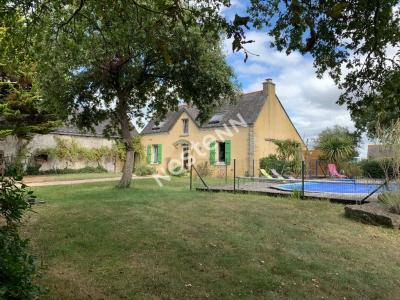 Maison en pierre renovee avec piscine !
