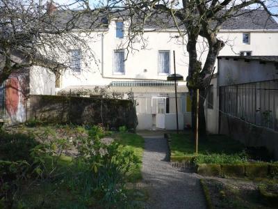 MAISON ST ETIENNE DE MONTLUC - 7 pieces - 150 m2