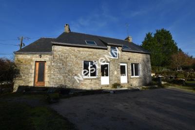 Maison en pierre La Vraie Croix , 1100 m2 terrain 139 m2 hab et dependance ..