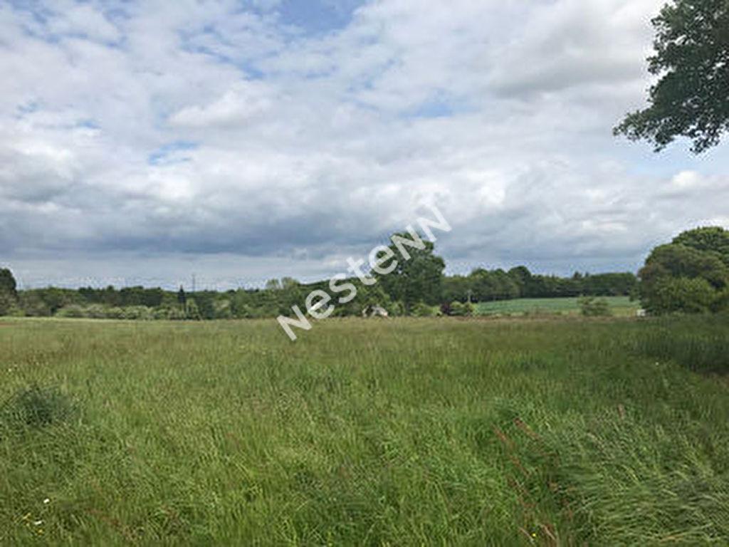 Terrain constructible 1200 m2 , campagne calme, 3 km du bourg