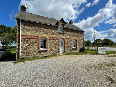 Charmante maison en pierre,  4 chb, 1100 m2 terrain, au calme  !