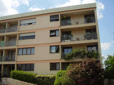 APPARTEMENT GRADIGNAN - 1 piece - 28,89 m2