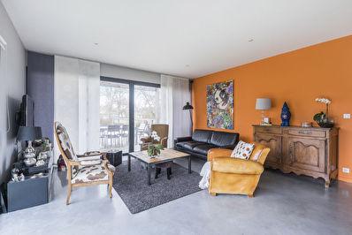 Maison Contemporaine 4 chambres avec piscine a vendre a Gradignan Mandavit