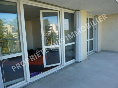 Appartement Gradignan 1 piece 36 m 2 terrasse parking