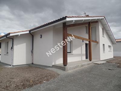 Maison a louer a Pessac entre centre et CHU 4 chambres ideale pour famille