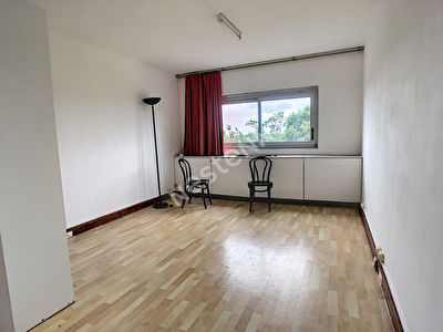 Appartement Gradignan 1 piece 21.53 m2 +PARKING