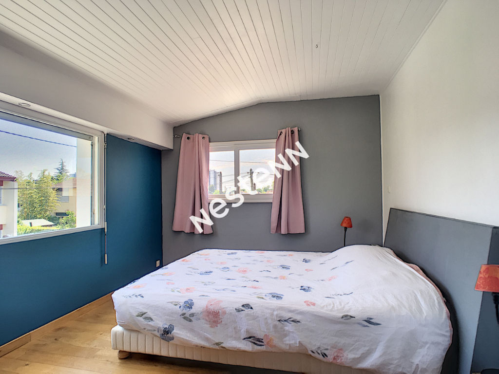 Maison Pessac 6 pièce(s) 150 m2