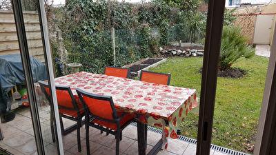 PESSAC SECTEUR MADRAN-3 pp au rdc d'une maison avec jardin