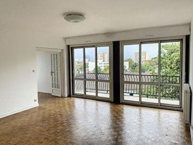 Appartement a louer Bordeaux Cauderan 4 pieces 91 m2 sejour lumineux