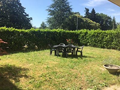 GRADIGNAN- 2 pp en rez-de-jardin de 43m2